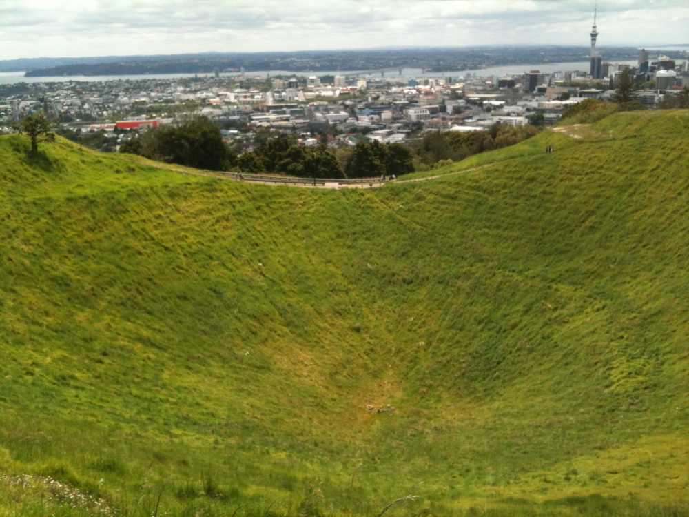 We finished with a trip up to the top of the Volcanic Crater Mt. Eden, one of my favourite places in Auckland...